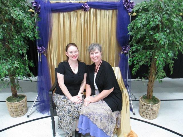 ladies' banquet,friends,female friendship,good friends,